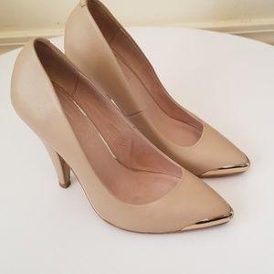 Topshop Cream Biege Gold Tip Heels